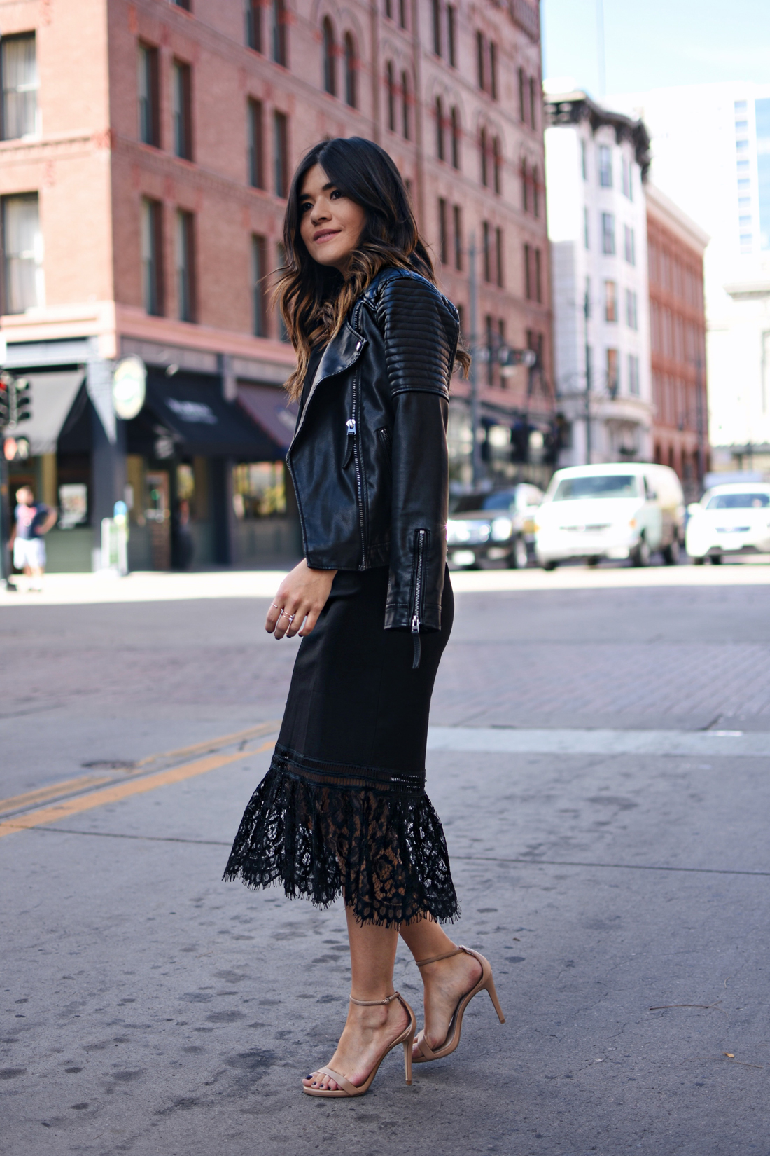 Black chic leather looks