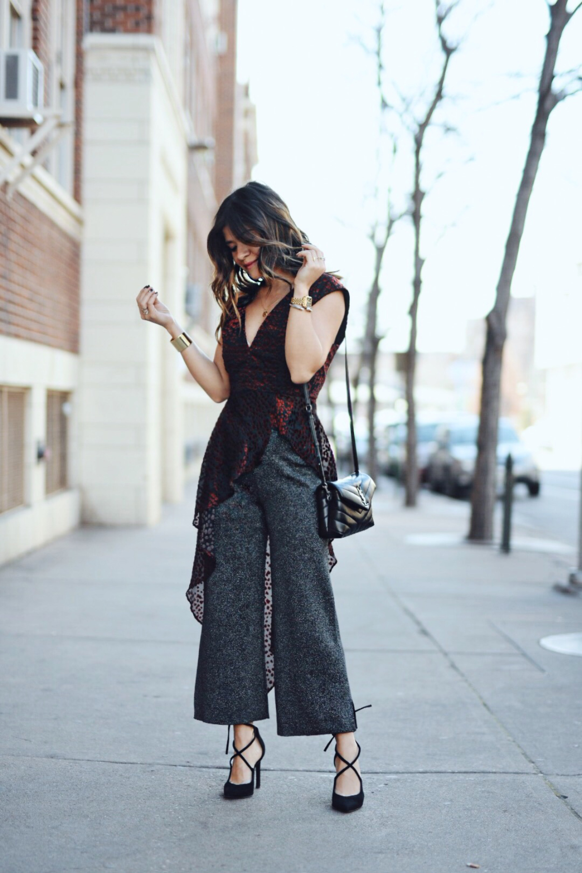 258553a9 Carolina Hellal of Chic Talk wearing a WAYF asymmetrical top, Leith sparkly  pants, Nine